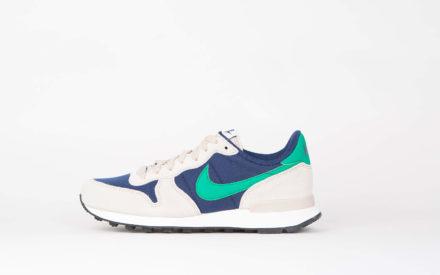 Nike Wmns Internationalist Binary Blue/Stadium Green Oatmeal Sail