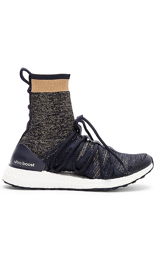 adidas by Stella McCartney Ultra Boost X in Navy. - size 6 (also in 10