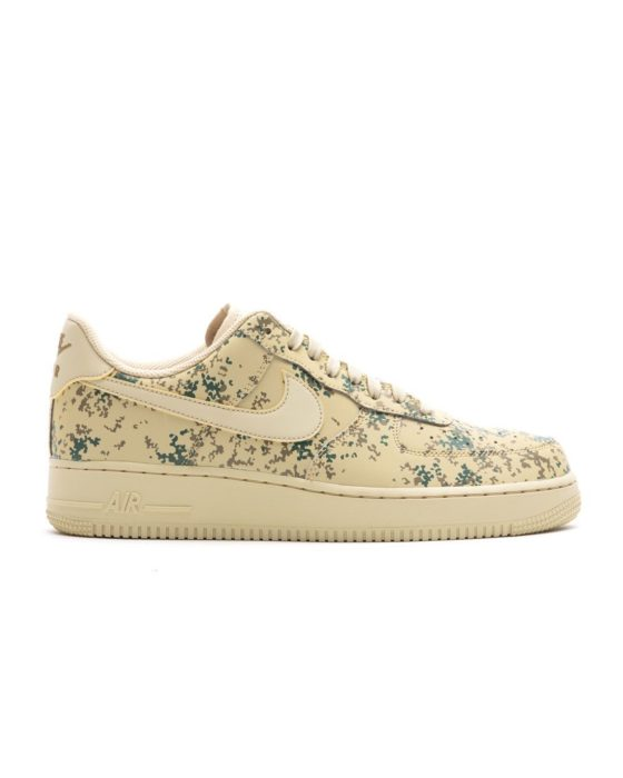NIKE Air Force 1 `07 LV8 Country Camo Pack Glow in Dark (Team Gold/Team Gold-Golden Bei)