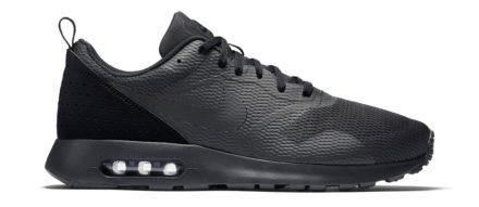 Nike Air Max Tavas Black