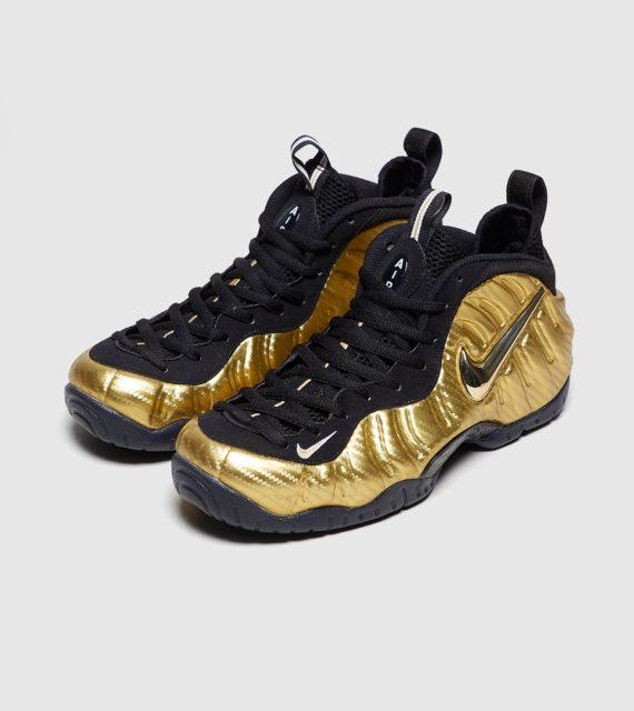 Nike Air Foamposite Pro (zwart/goud)