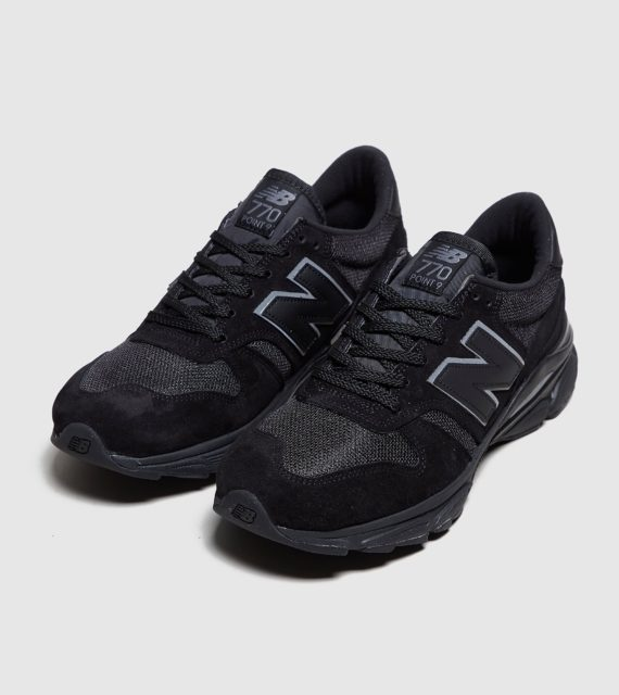 New Balance 770.9 (zwart)