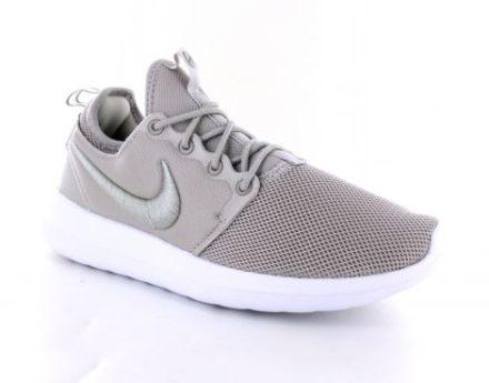 Nike Wmns Roshe Two Br Dames Sneaker (Beige)