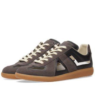Maison Margiela 22 Cut Out Replica Sneaker (Black)