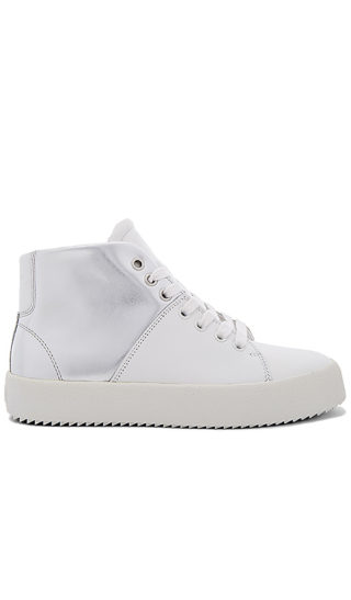 KENDALL + KYLIE Dylan Sneaker in White