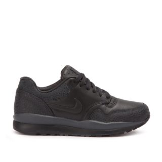 "Nike Air Safari QS ""Triple Black"" (zwart/zwart)"