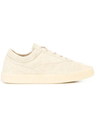 Yeezy low top sneakers (bruin)