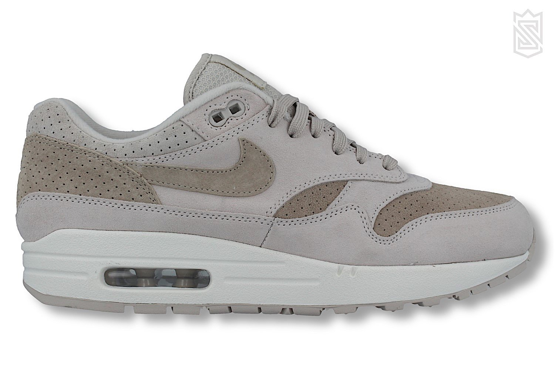 Nike Wmns Air Max 1 (Desert Sand Phantom Gum Light Brown)