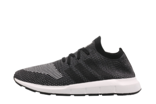 Adidas Swift Run (Zwart)