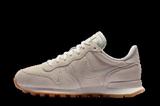 Nike Wmns Internationalist SE (Beige)