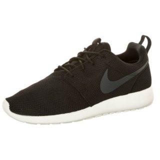 nike-sneakers-roshe-run-zwart
