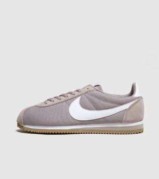 Nike Cortez (bruin)