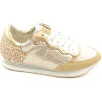 Miss Behave Sneakers goud