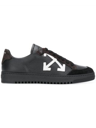 Off-White Arrows sneakers (zwart)