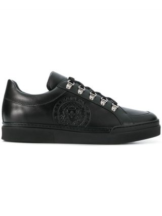Balmain logo stamp low top sneakers (zwart)