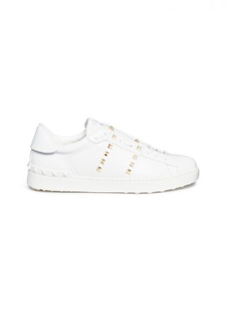 Valentino 'Rockstud Untitled 11' sneakers (wit)