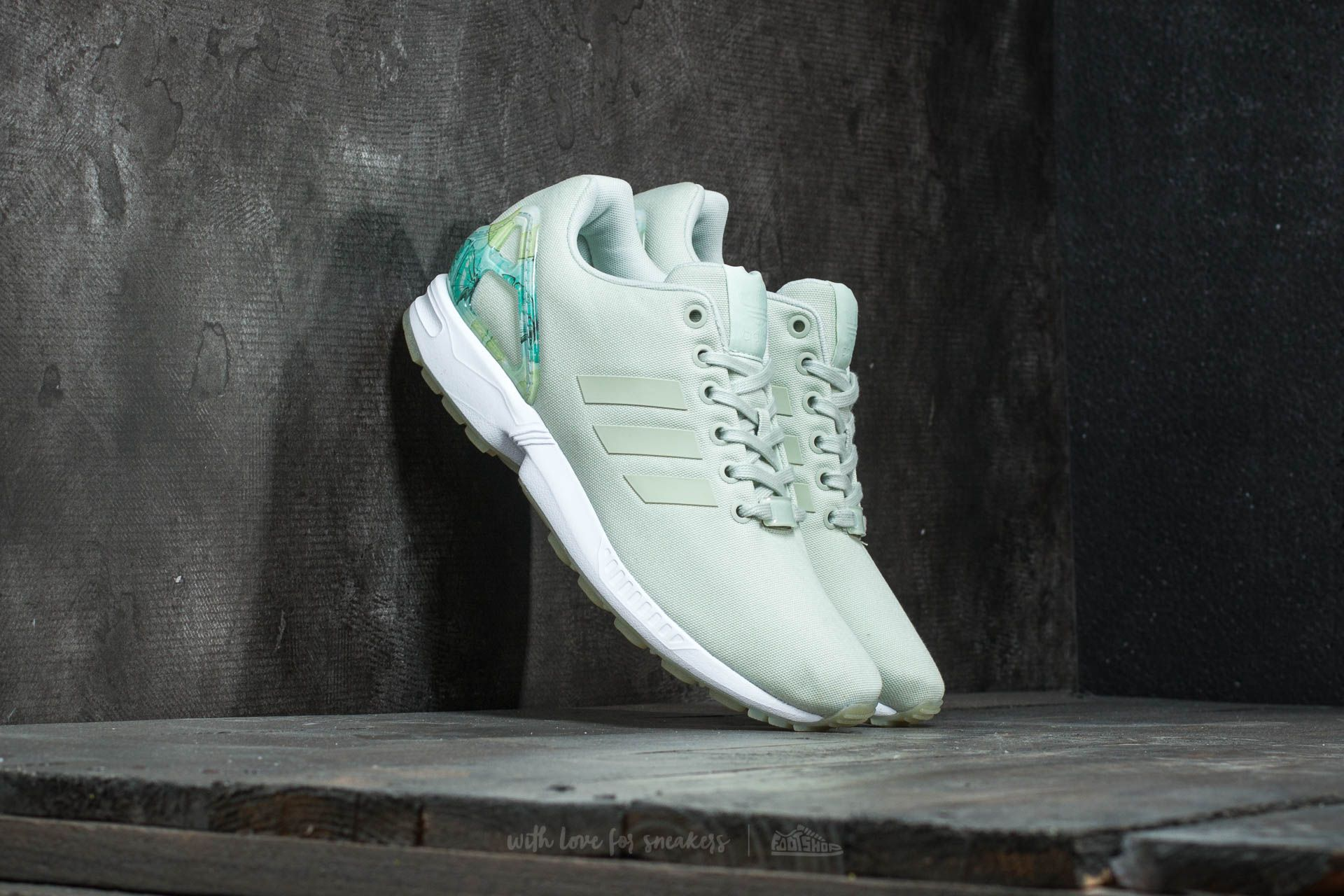 huge selection of 9f013 badee Adidas ZX Flux   Adidas ZX Flux sale