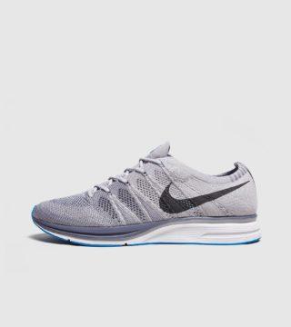 Nike Flyknit Trainer (wit)