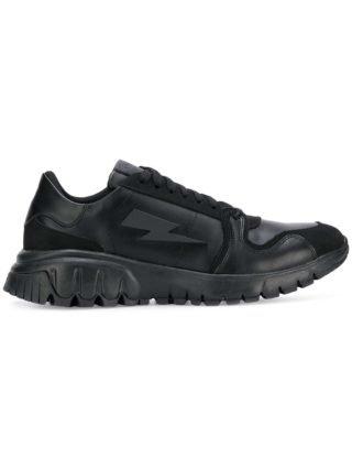 Neil Barrett ridged logo sneakers (zwart)