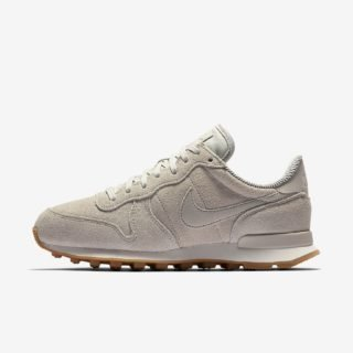 Nike Wmns Internationalist SE Light Bone/Light Bone Phantom Sail