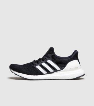adidas Ultra Boost (zwart)