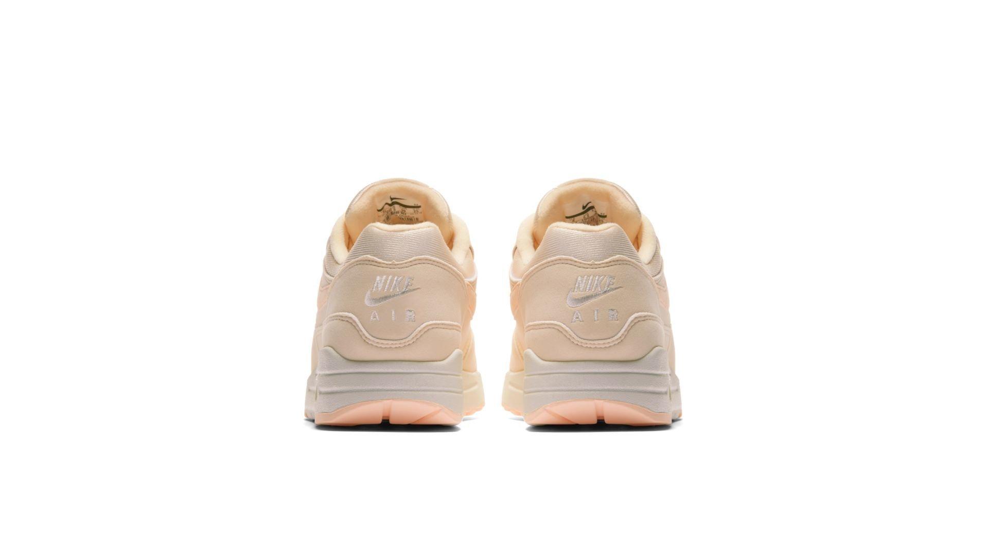 Nike Wmns Air Max 1 'Guava Ice' (319986-802)