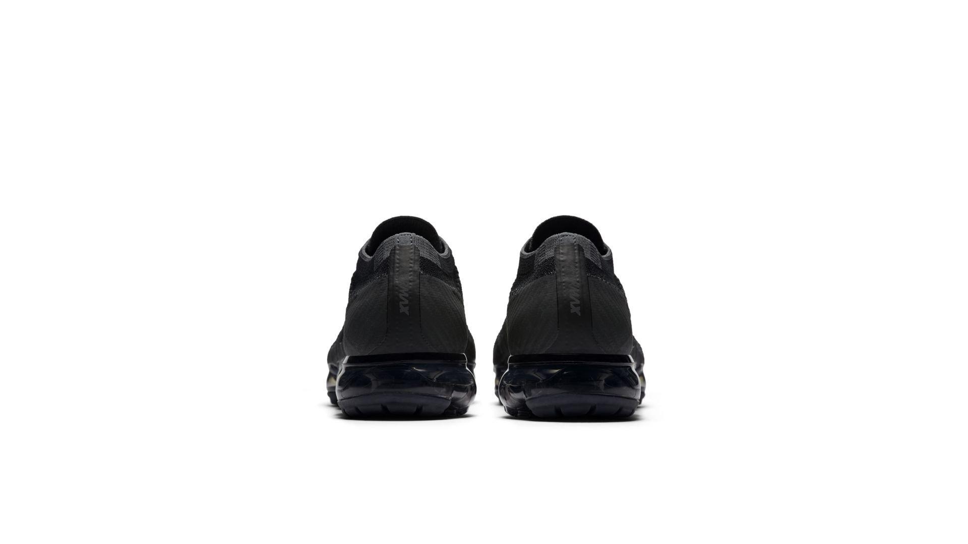 Nike Air Vapormax Triple Black (849558-007)