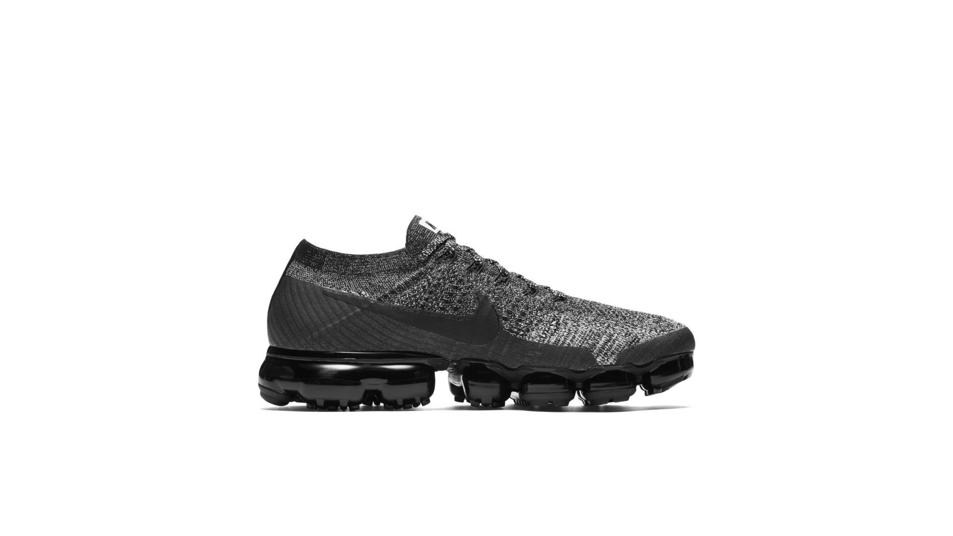"Nike Air VaporMax ""Oreo"" (849558-041)"