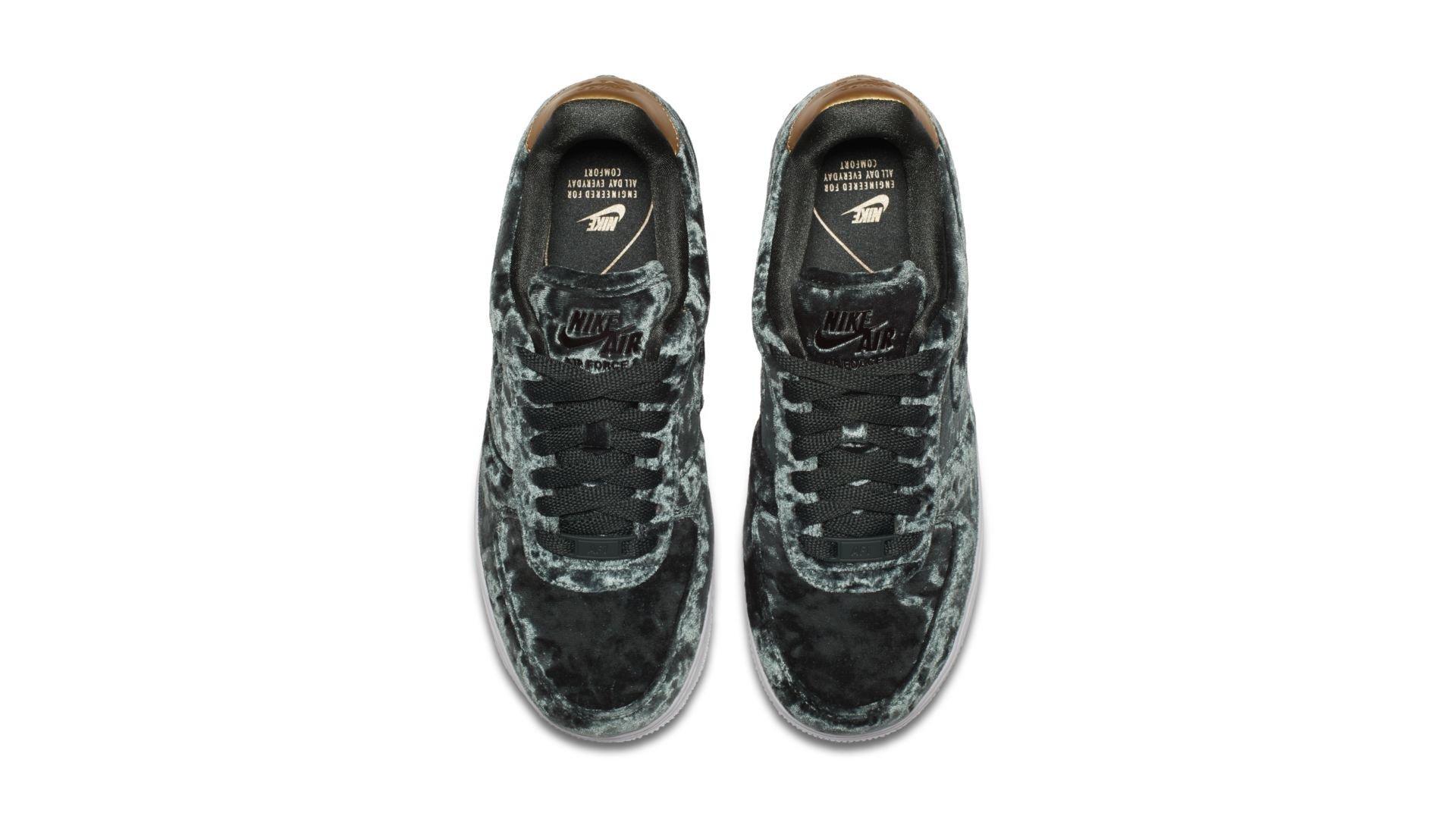 "Nike Air Force 1 07 Premium ""Outdoor Green"" (896185-300)"