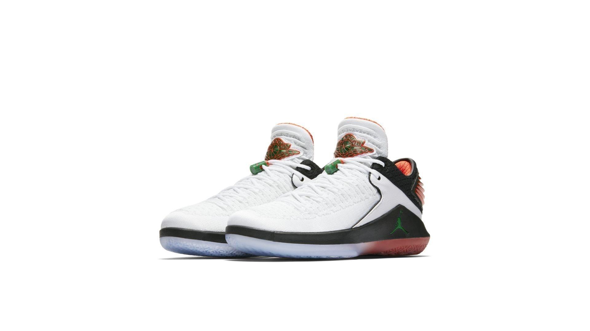 Air Jordan XXXII Low Gatorade Like Mike (AA1256-100)