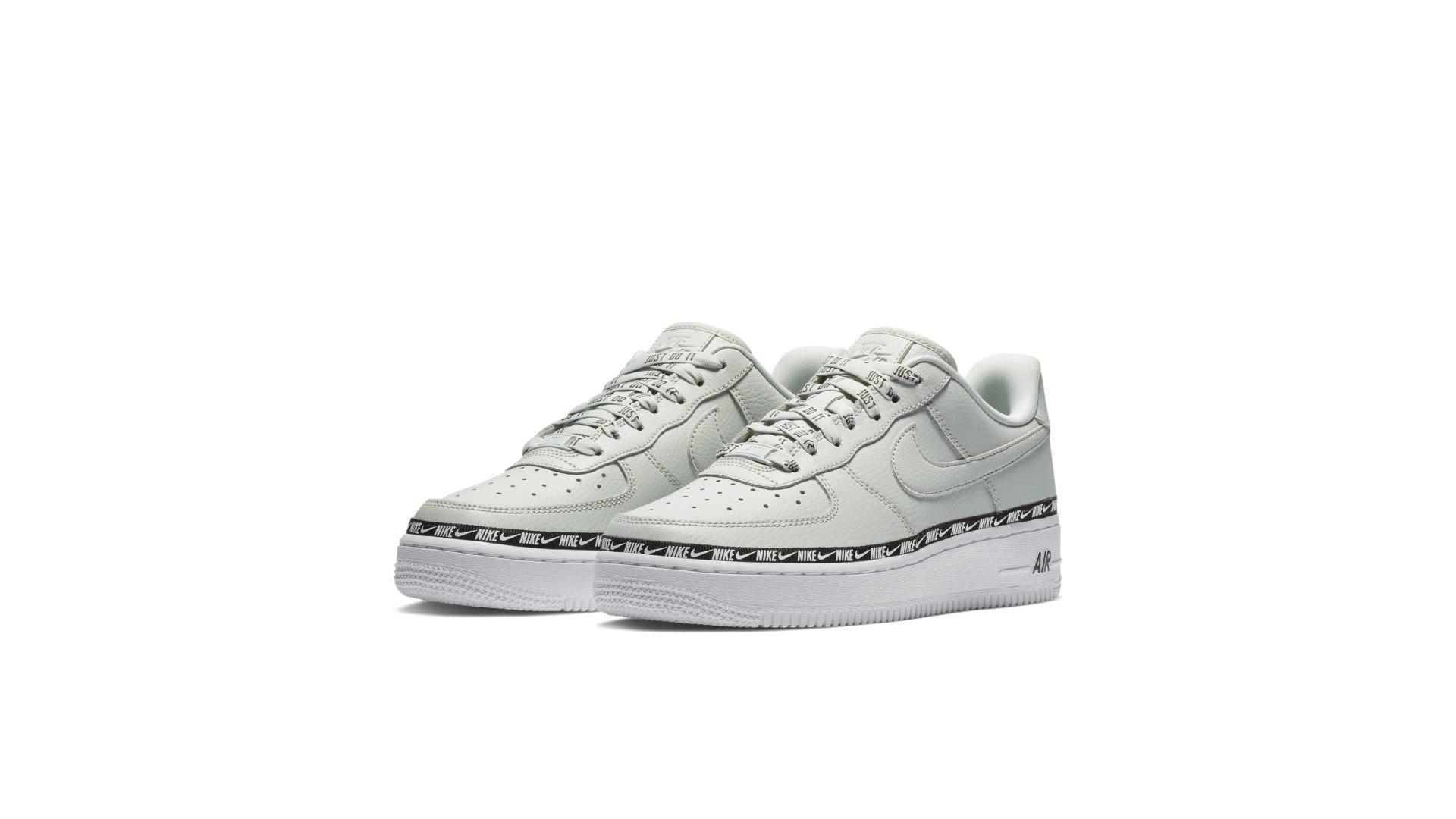 finest selection 520ad e87a7 Nike WMNS Air Force 1  07 Premium  Light Silver  (AH6827-003)