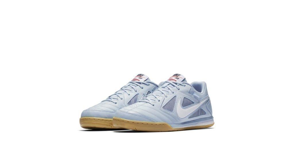Supreme x Nike SB Gato 'Light Armory Blue' (AR9821-400)