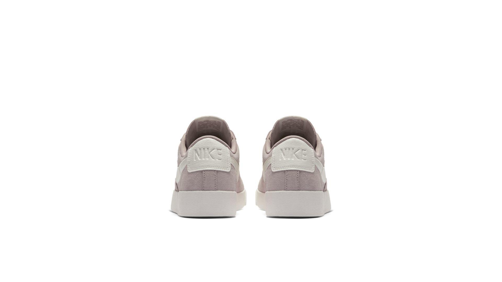 Nike Blazer Low SD (AV9373-200)