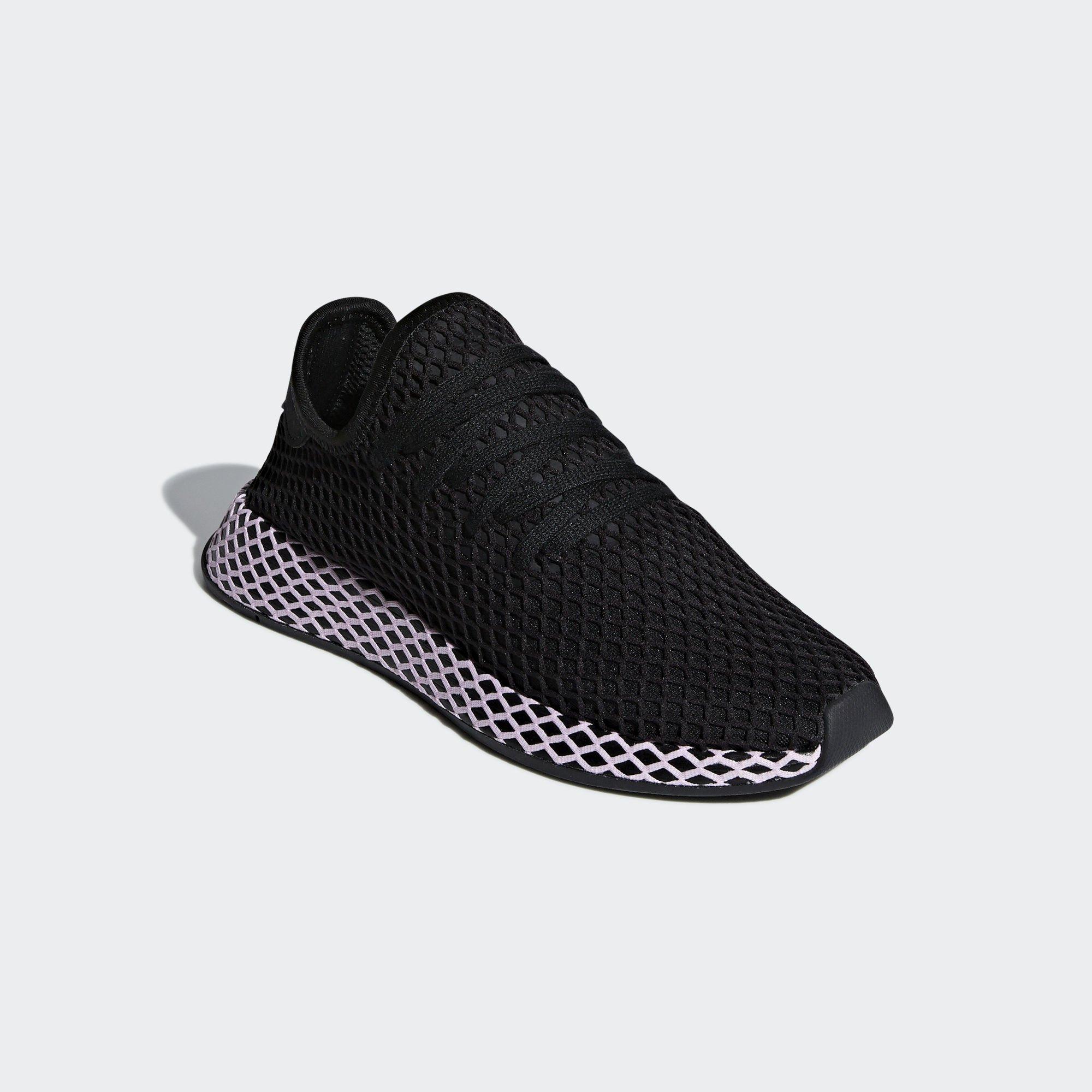 Sneaker B37602