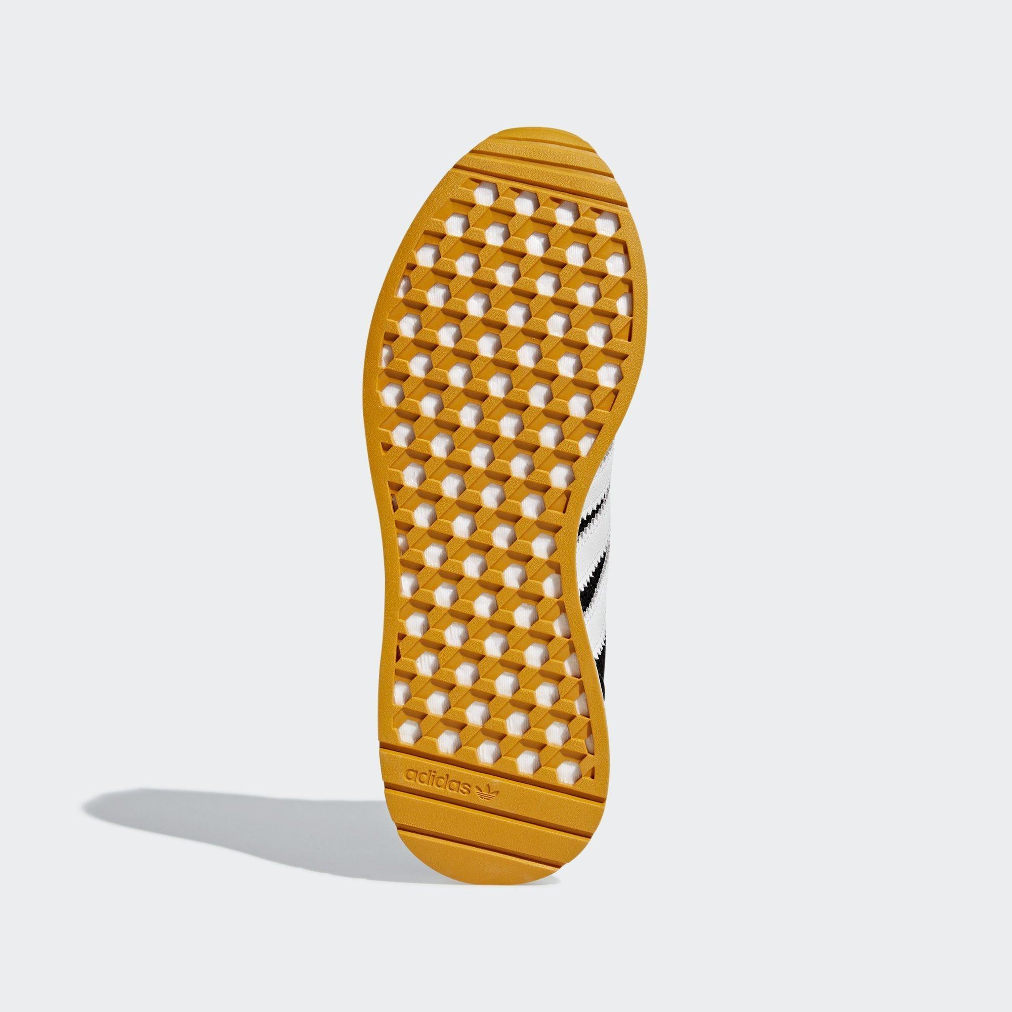 Sneaker D97213