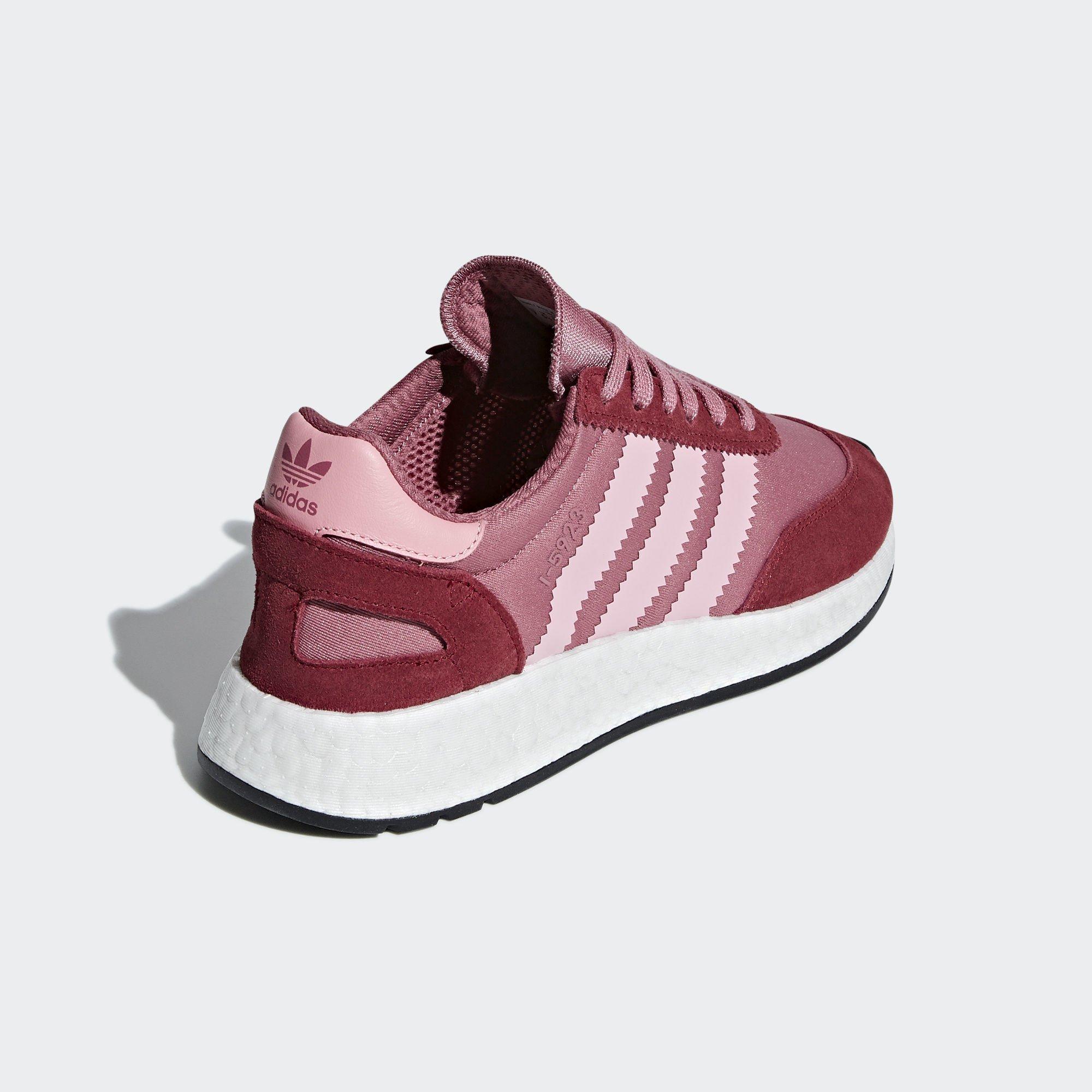 Sneaker D97352