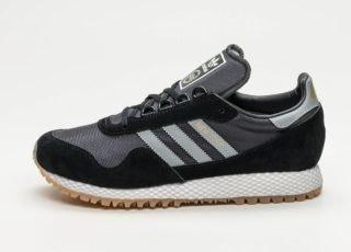 adidas New York (Core Black / Core Black / Gum Three)