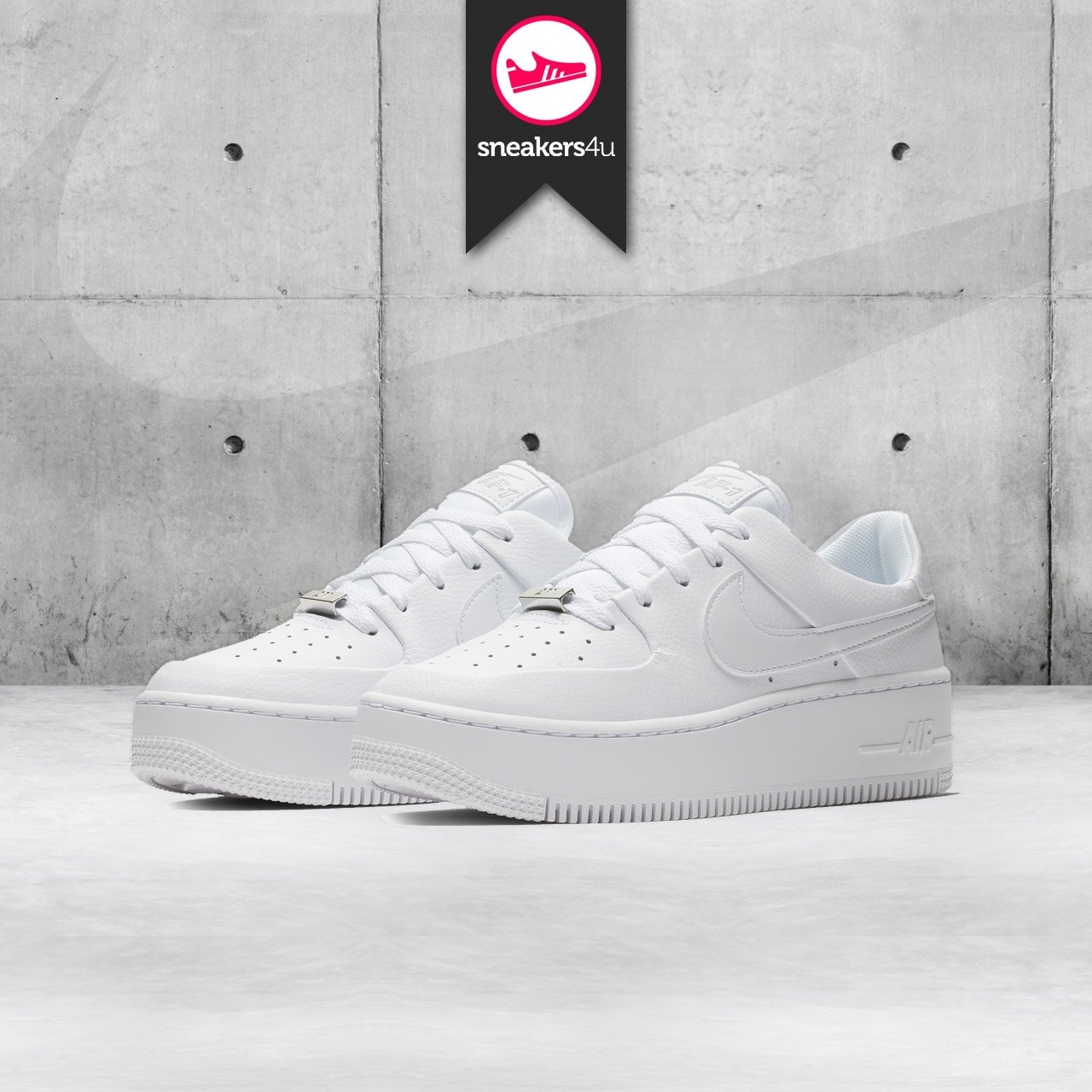 Nieuw : de Nike Air Force 1 Sage | Sneakers4u