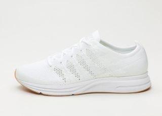 Nike Flyknit Trainer (White / White - White - Gum Light Brown)