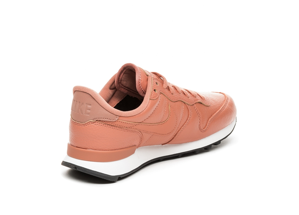 aaeb5fedd637 Nike Wmns Internationalist PRM (Terra Blush   Terra Blush – Summit Whi.  Stijlcode  828404 205. Nike Wmns Internationalist PRM (Terra Blush ...