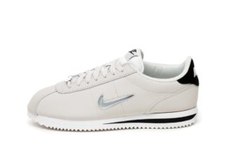 Nike Wmns Cortez Basic Jewel '18 (Light Bone / Metallic Silver - Blac