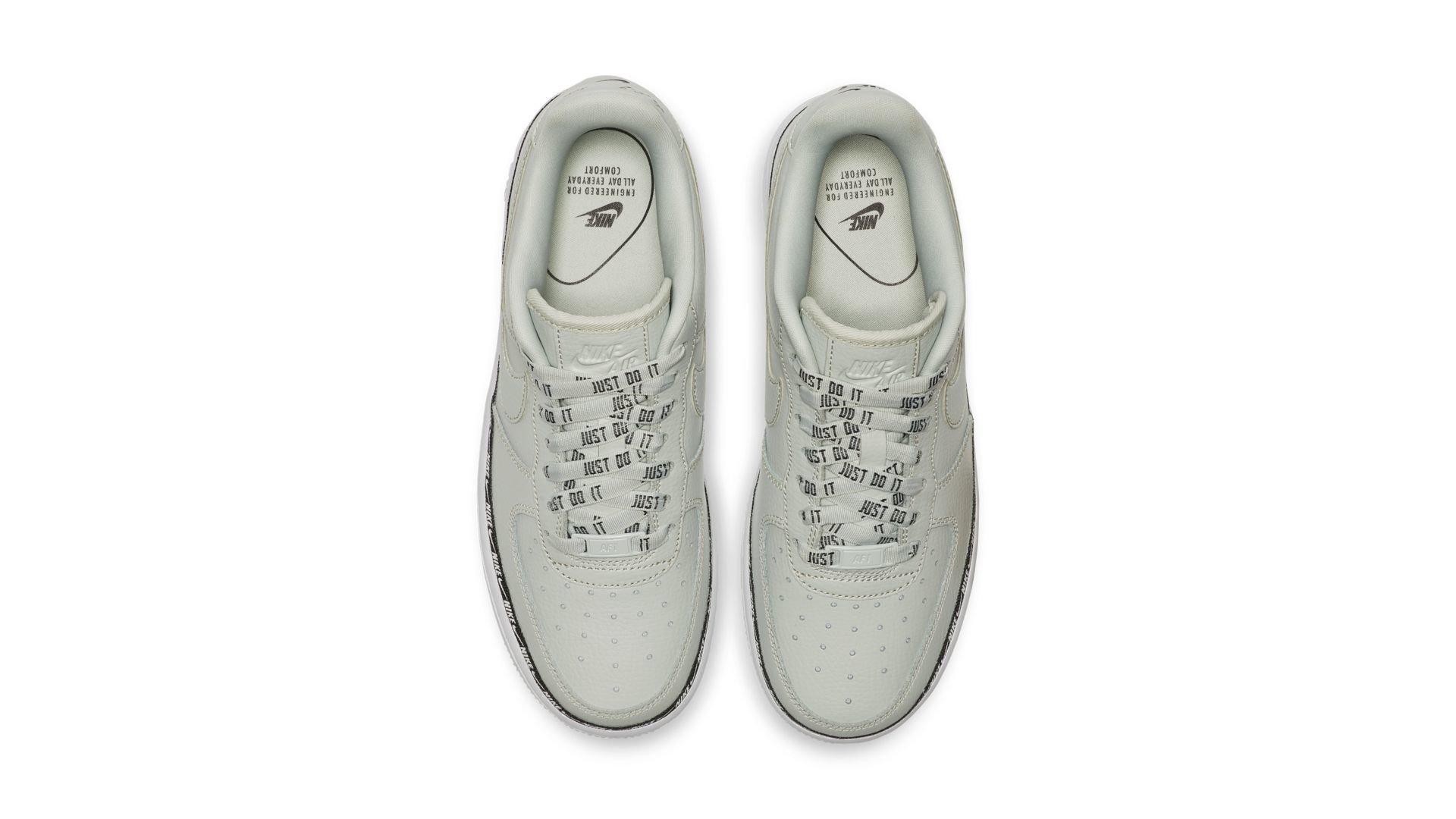 Nike WMNS Air Force 1 '07 Premium 'Light Silver' (AH6827-003)