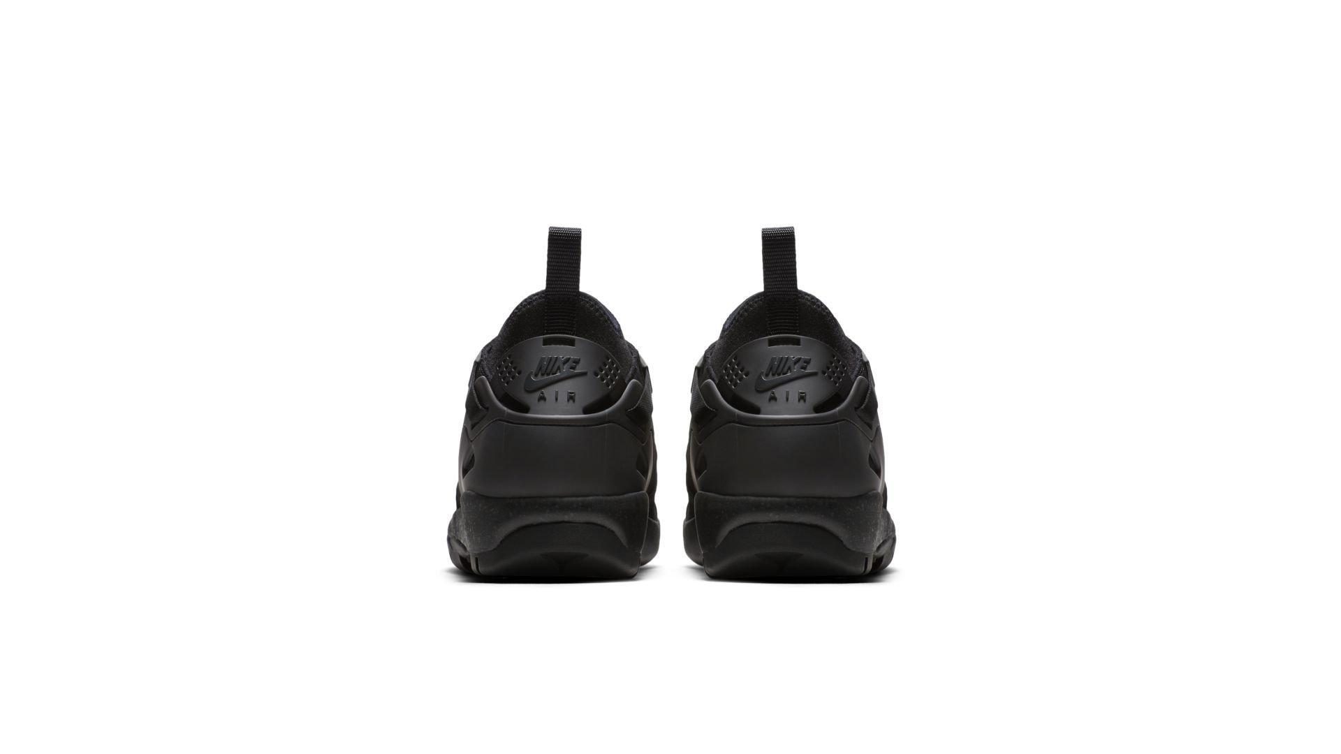 Sneaker AR0479-002