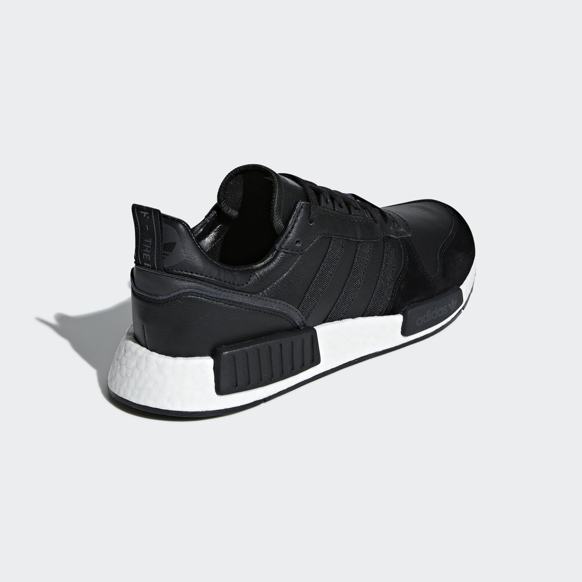 Sneaker EE3655