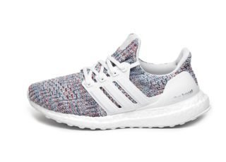 adidas Ultra Boost W (Ftwr White / Ftwr White / Active Red)