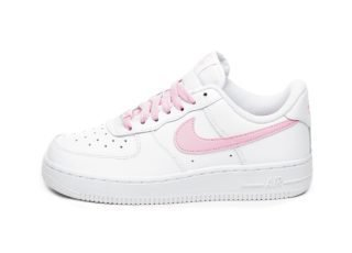 Nike Wmns Air Force 1 '07 Essential (White / Psychic Pink)
