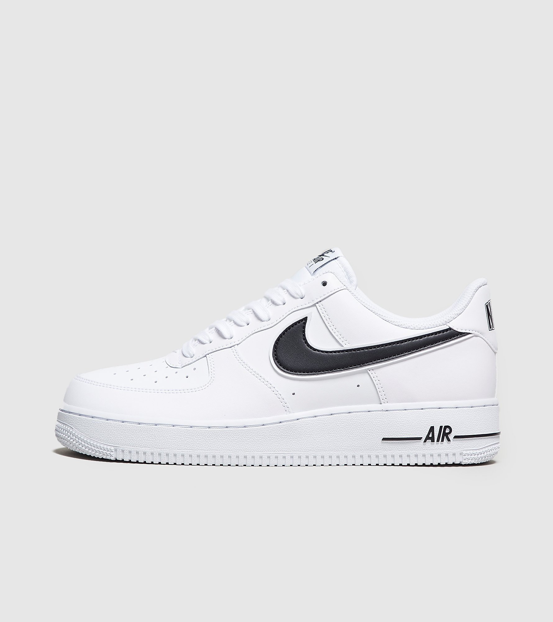 huge discount 3a0d3 4bb07 Nike Air Force 1 07 Low Essential (wit). Stijlcode AO2423-101