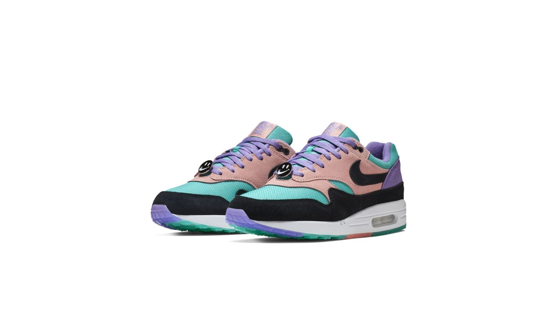 Nike Air Max 1 'Have A Nike Day</p>                         <!--bof Product URL -->                                                 <!--eof Product URL -->                         <!--bof Quantity Discounts table -->                                                 <!--eof Quantity Discounts table -->                     </div>                 </div>                 <div id=
