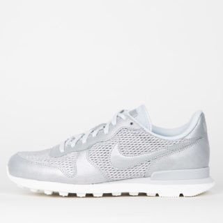 Nike Wmns Internationalist Premium Metallic Platinum/Pure Platinum Sail