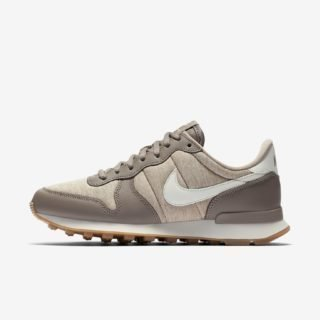 Nike Wmns Internationalist Sepia Stone/Sail Sand Gum Light Brown